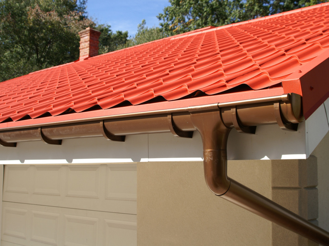 Protect Your Roof and Siding With Seamless Gutters